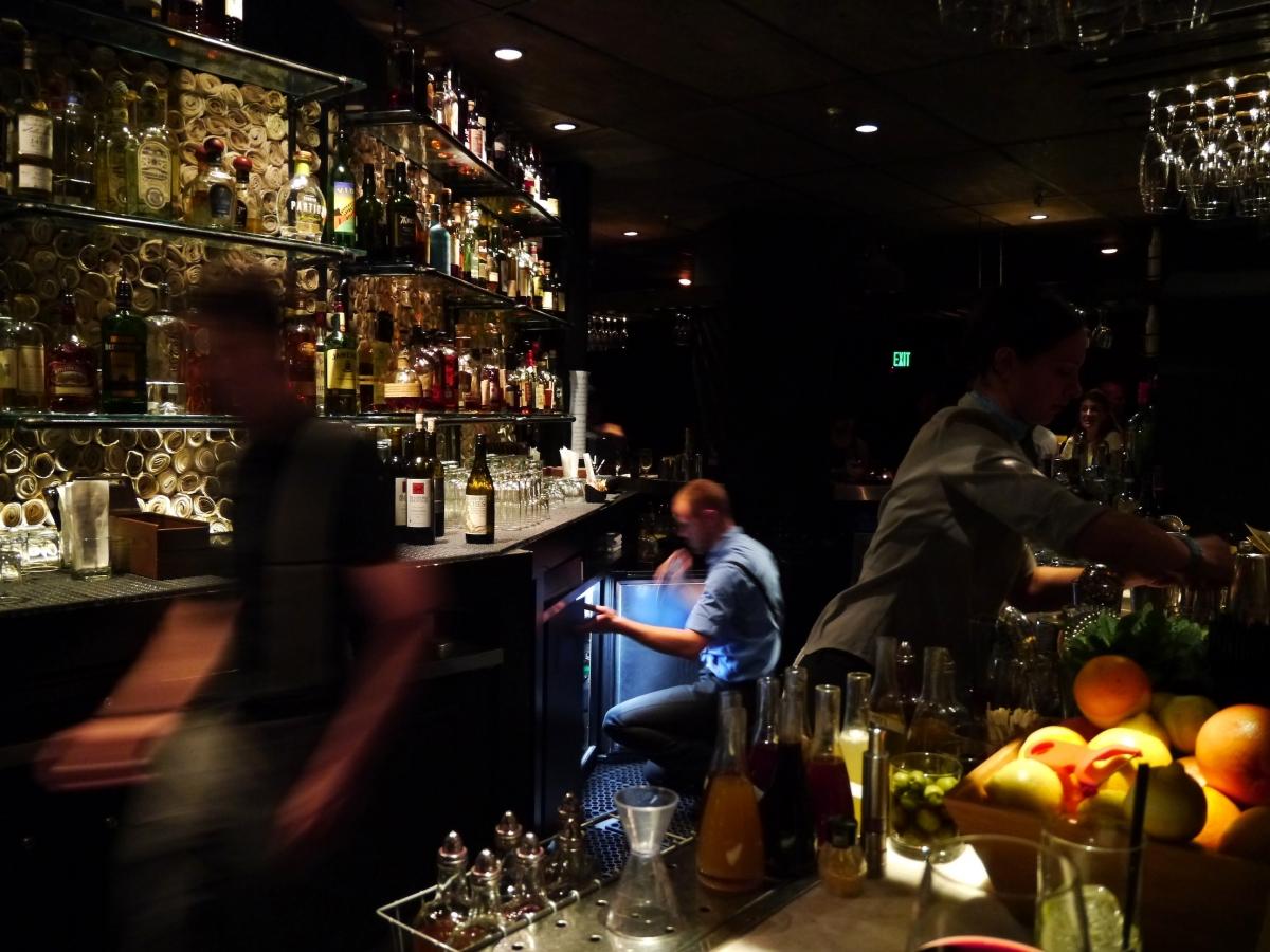 舊金山報業主題酒吧 Newspaper-themed Bar:Local Edition