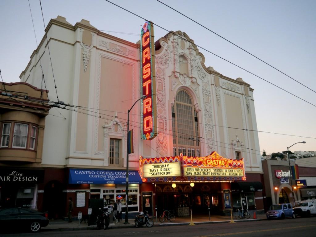 卡斯楚區半日遊:Castro Highlights