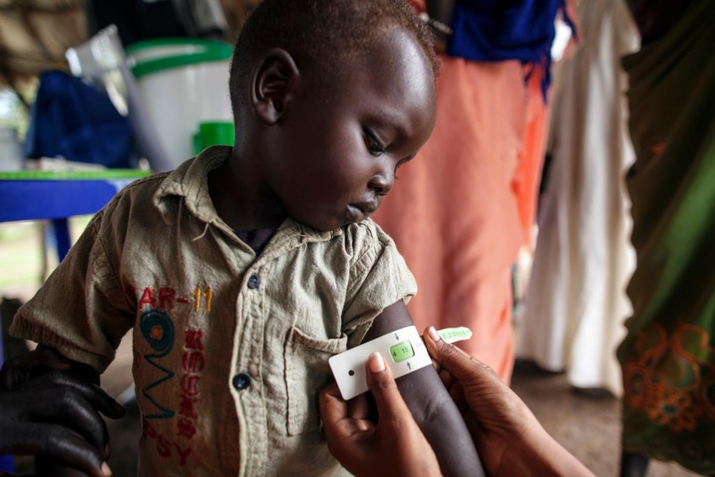 孩童拯救孩童!聯合國兒童基金會,用智能手環喚醒「小小英雄」